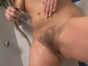 Horny Enza will do anything for a lover's hard pleasure tool