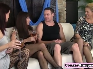 Lonely housewifes take turns on a hard cock