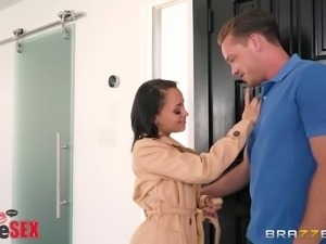 Holly Hendrix face fucked lovely in the kitchen