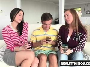 RealityKings - Moms Bang Teens - Kendra Lust,