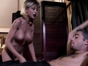 Real amateur blonde flashes her boobs in crowded street