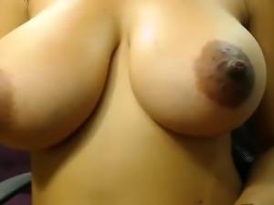 amateur oksanafedorova flashing boobs on live webcam