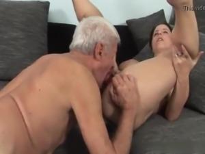 I Fuck Short Hair Big Tits Milf