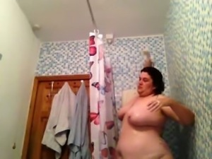 It's shower time so watch me washing my fat old body
