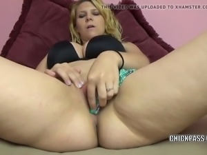cute blonde brianna stars is finger banging her young twat
