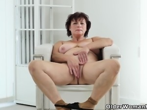 Euro gilf Danja works her shaven cunt with her fingers