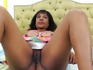 ebony Amateur Mature Masturbation In Hotel Room