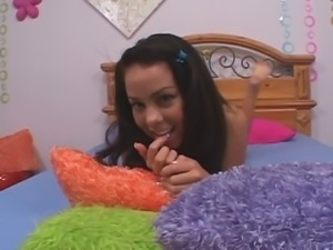 Paulina James is a hilarious girl who gets shut up by giving a BJ