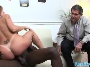 Cuckolding milf gets fucked in realsex action
