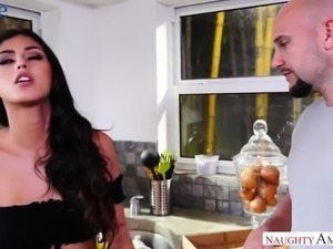 Perfect lovable beauty Sophia Leone gets fucked mish on kitchen counter