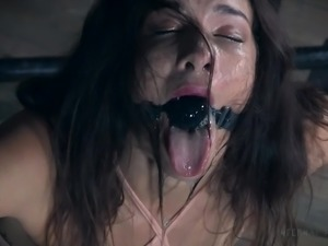 sexy babe trapped in the dungeon
