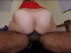 Torrid pallid chubby lady with enormous ass wanna be fucked doggy hard