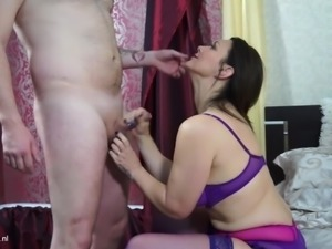 Mature British mom with super ass gets young cock