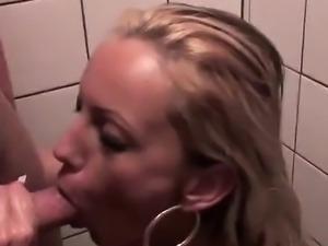 Super boobs babe likes the hardcore
