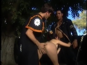 Handsome men get to drill a naughty babe's amazing body