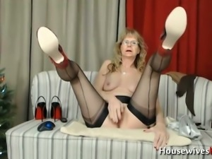 This granny is super naughty and she loves fingering her old pussy on camera