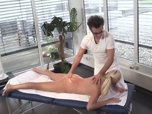 Erotic massage is boring for Lana Vegas and she prefers to give head