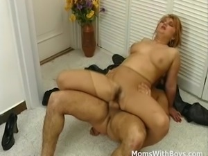 Mom From The 80's Stocking Fetish Fuck