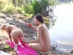 Lesbian fuck on a picnic for Cindy Loarn and Vanessa A