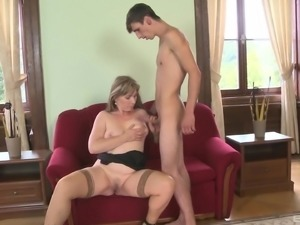 Mature woman's cunt is all a horny fellow is interested in