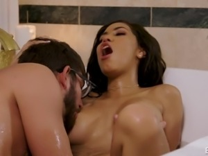 Great fucking session in a tub with busty brunette Shay Evans