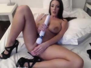 Great milf with big boobs seduces a guy