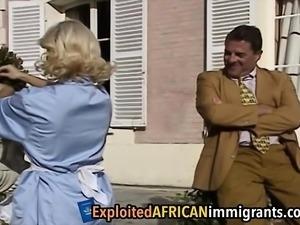 African babes love sharing white boner in threesome