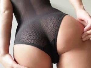 Attractive US brunette babe Jaye Summers wanna ride massive black cock