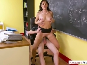 Ardent slutty professor Alana Cruise keeps on sucking fat cock in the college