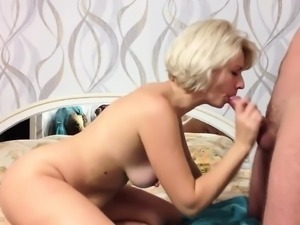 Mature Wife Blowjob and Doggystyle BBW