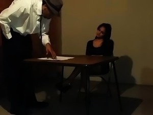 Beautiful amateur girl worships a big black cock in casting