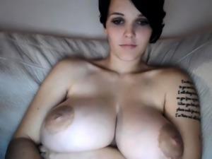 amateur sweet fantasy flashing boobs on live webcam