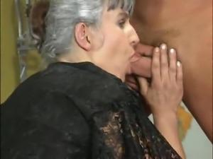 Mutter Leckt Die Familien Fotzen Und Schwanze Aus
