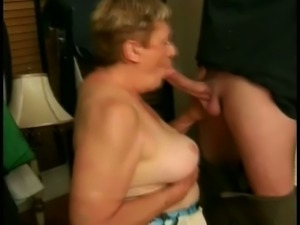 Chubby mature hooker Vanessa provides man with quite nice blowjob