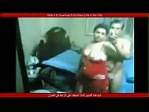 لابسه قميص نار وهيجانه وجسمها حديد وهي...