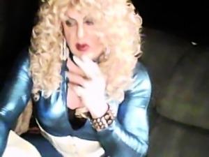 Kinky webcam crossdresser sensually masturbates on the couch
