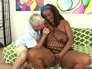 Fat Black Chick Sucks Cock & Takes It Up Her Pussy