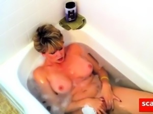 Amateur Wife swallow cum