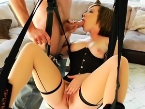 Hung chap stuffs her nice raw pussy with a monster dick