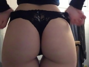 Would Like To Shove My Face Between Her Butt Cheeks 34