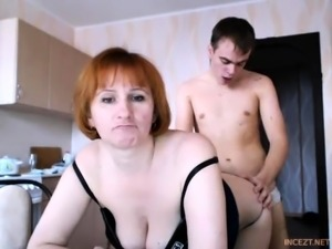 Russian amateur webcam couple