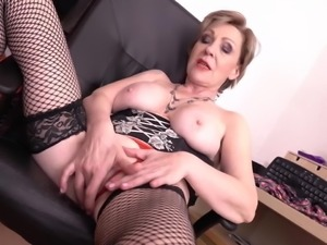Old but sexy granny with hungry vagina