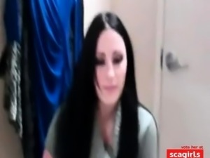 Beautifull brunette blowjob in a public changing room