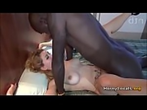 Mature white legs open fucking with black man