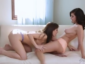 Buxom sexy lesbo Jenna Sativa is actually extremely into teasing wet pussy