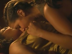 Janina Gavankar And Pam Grier Lesbians Sex In The L Word