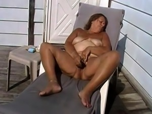 Stunning close up pussy toying action from busty solo beauty