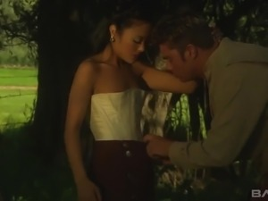 Zealous lady gets her twat both licked and fucked in the woods