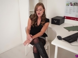 Kinky and sexy nympho Honour May flashes her meaty cunt and pets her twat