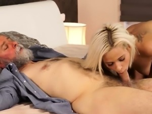 Old milf masturbate hd Surprise your girlcomrade and she wil